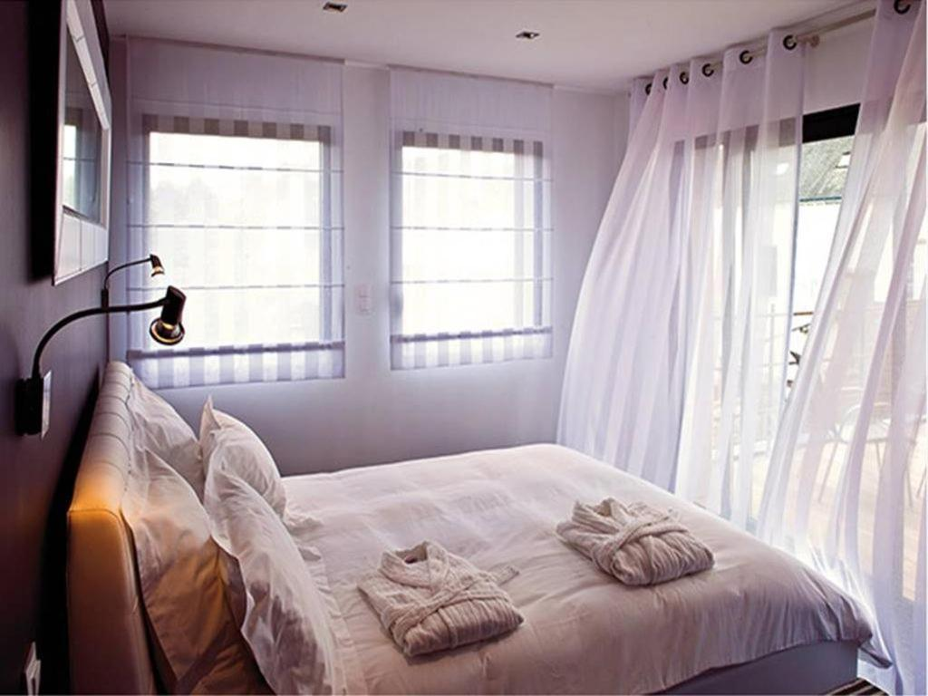 chambres d 39 h tes les vents de la mer chambres d 39 h tes port louis dans le morbihan 56 20. Black Bedroom Furniture Sets. Home Design Ideas