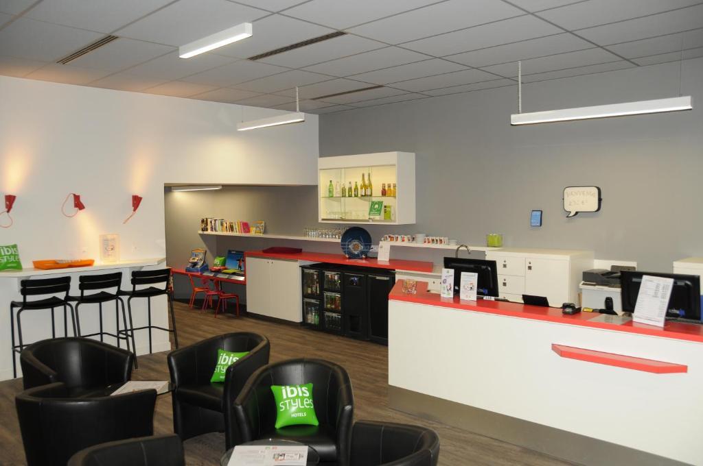 Ibis Styles Chambery Centre Gare - Chamb U00e9ry