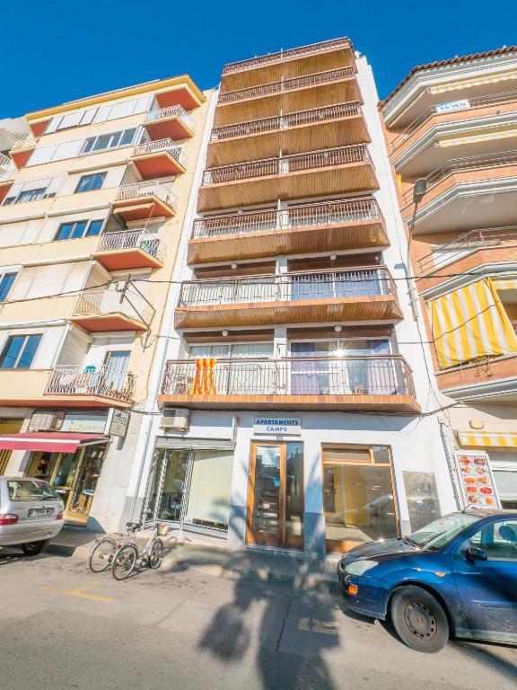 Apartamentos europa sun blanes spain for Apartamentos europa