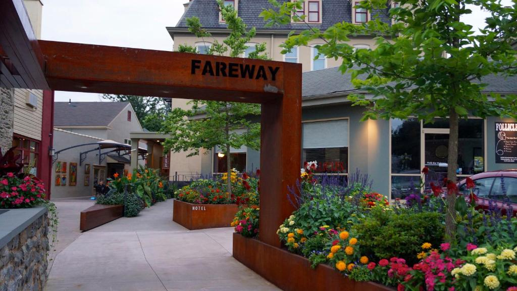 Germantown Avenue Chestnut Hill Restaurant