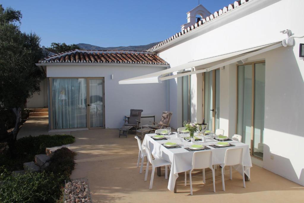 Casa de temporada Escuelita (Espanha Periana) - Booking.com