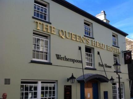 The Queen's Head Wetherspoon