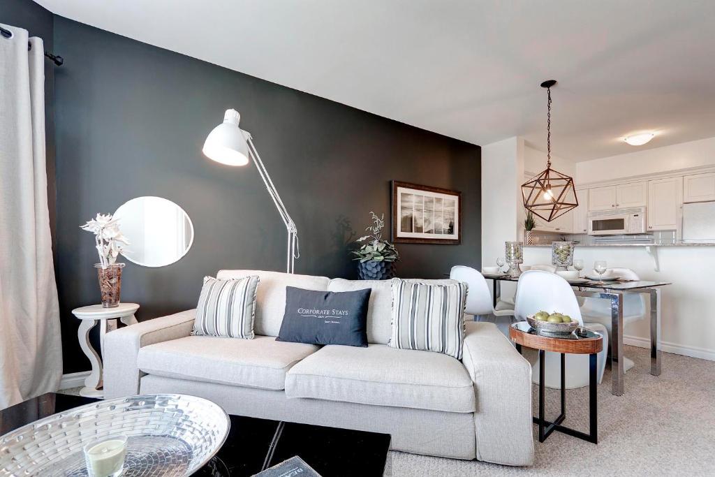 Apartment Corporate Stays Ottawa, Canada - Booking.com