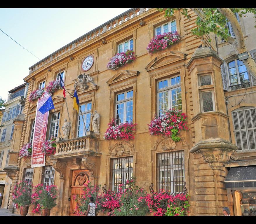 H tel select salon de provence prenotazione on line for Meteo 13300 salon de provence