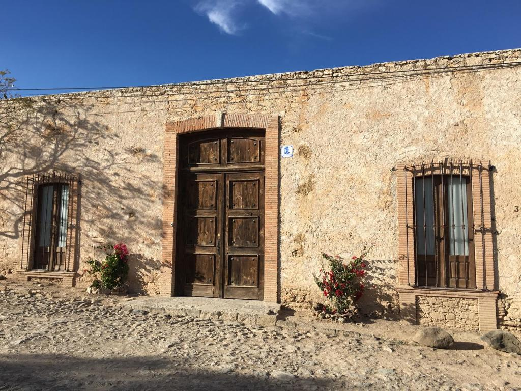 <div data-et-view=NAFQCDCcdXDPdFO:1</div Hideaway in Pozos