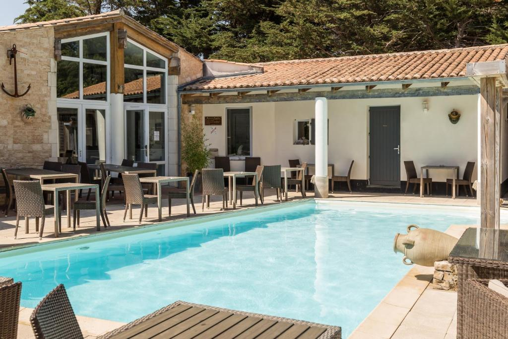 Ile De Re Hotels With Pool