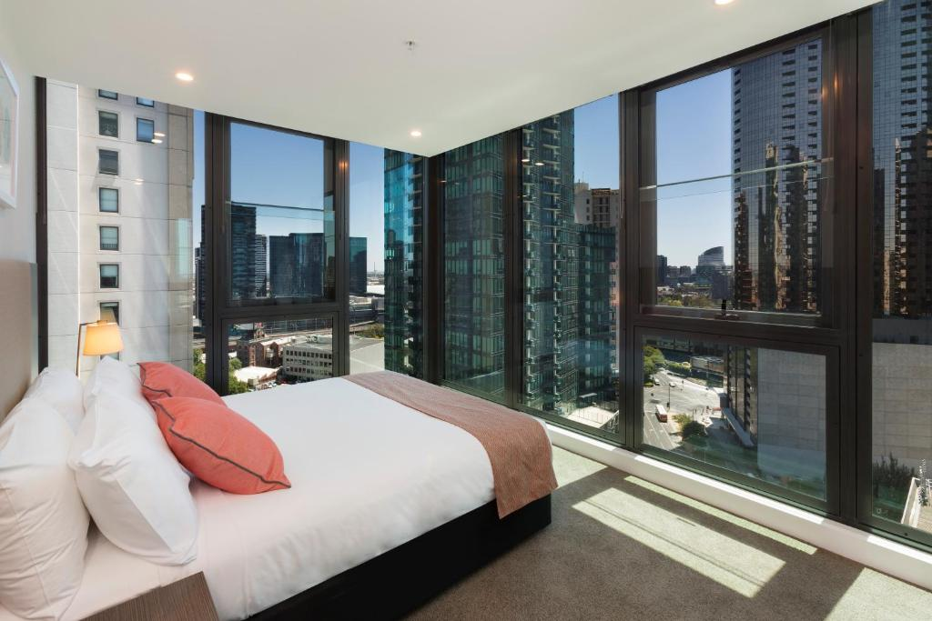 Melbourne Short Stay Apartments - Power Street, Australia ...