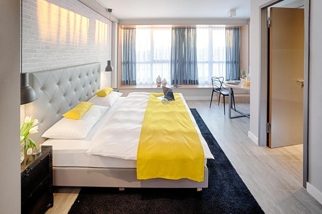 mloft apartments m nchen deutschland m nchen. Black Bedroom Furniture Sets. Home Design Ideas