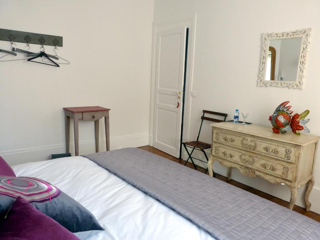 chambres d 39 h tes villabona chambres d 39 h tes orsay dans l 39 essonne 91. Black Bedroom Furniture Sets. Home Design Ideas