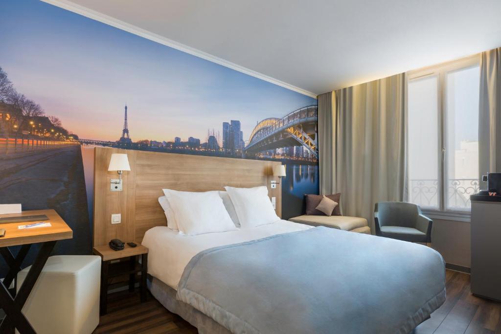 Hotel Ibis Budget Courbevoie Paris La Defense  Courbevoie