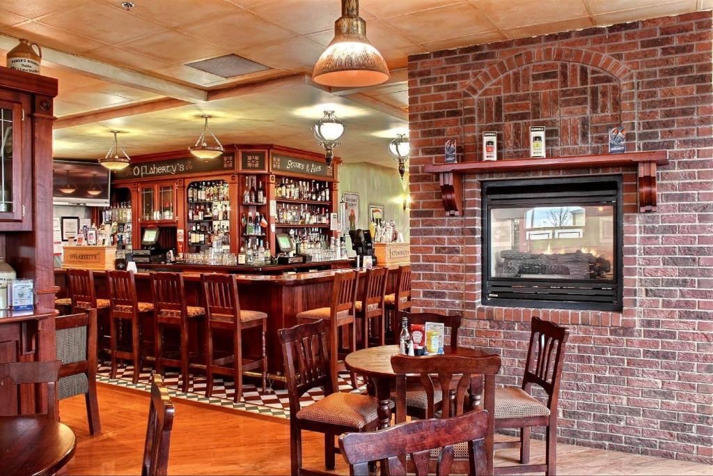 Holiday Inn East Peoria Il Restaurants