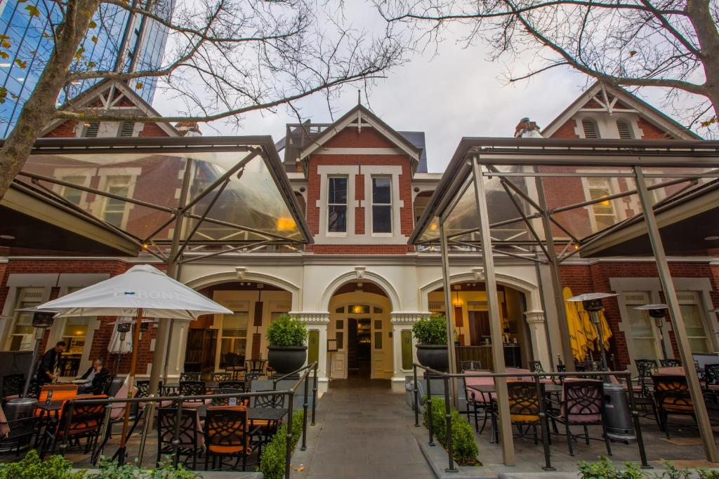 Best western premier the terrace hotel perth perth for 111 st georges terrace perth