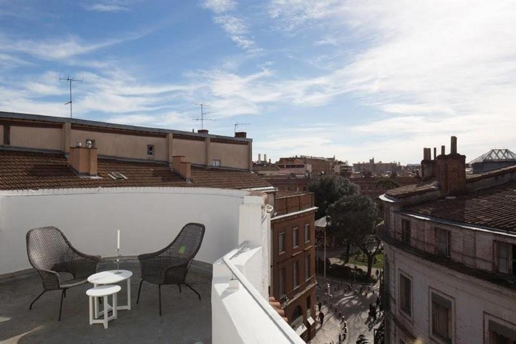 Hotel ours blanc wilson toulouse book your hotel for Hotels toulouse