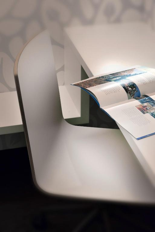 mara hotel ilmenau zarezerwuj online viamichelin. Black Bedroom Furniture Sets. Home Design Ideas