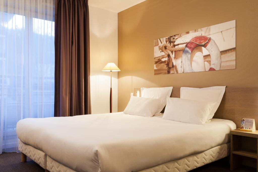 Comfort suites le port marly paris ouest - 3 avenue simon vouet le port marly 78560 ...