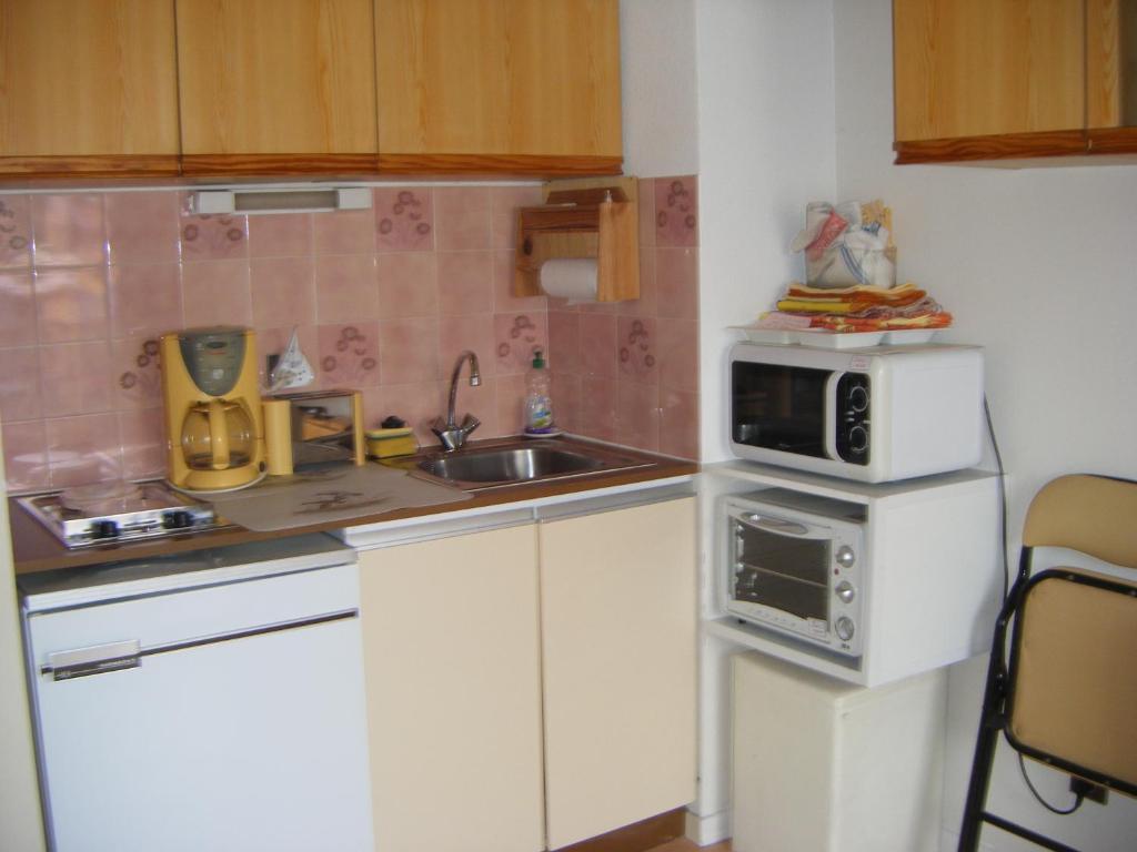 Appartement Studio Meubl L 39 Aiguillon Locations De