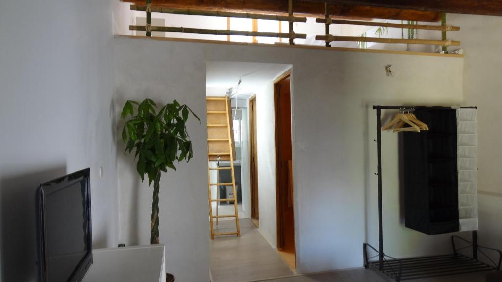 Appartement avec terrasse mezzanine patangarles for Reserver avec booking