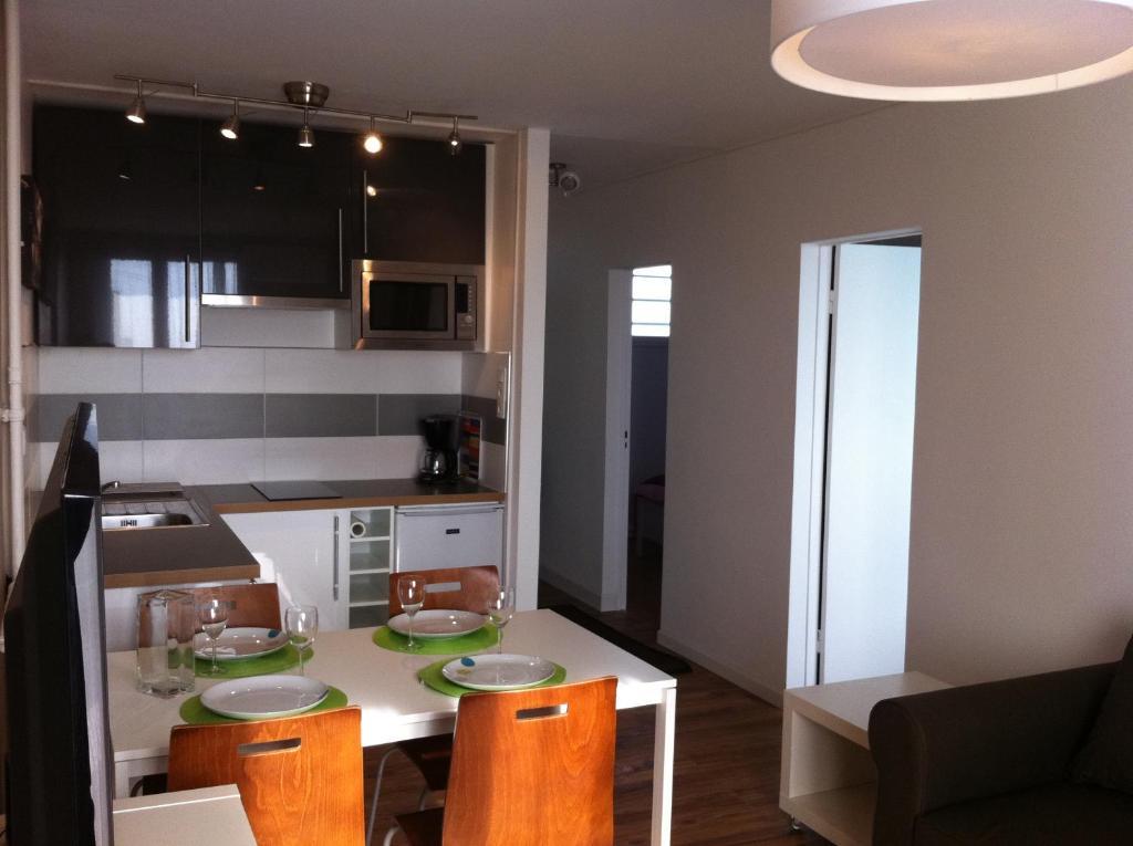 Appartement st cyprien locations de vacances toulouse - Ustensiles de cuisine toulouse ...