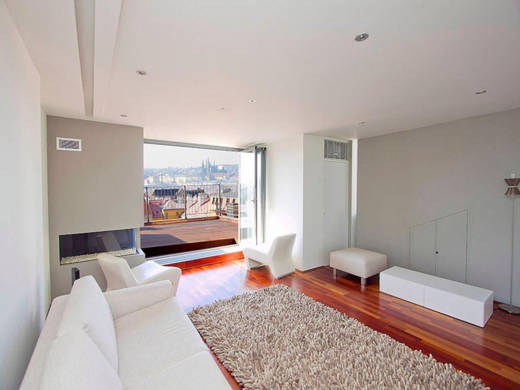 Luxury penthouse apartment prague book your hotel with for Designer apartment prague