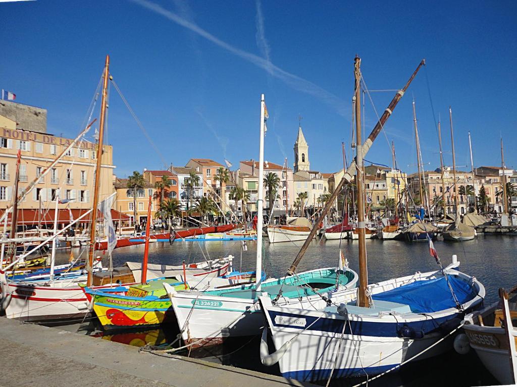 Appartement La Belle Vie Locations De Vacances Sanary Sur Mer