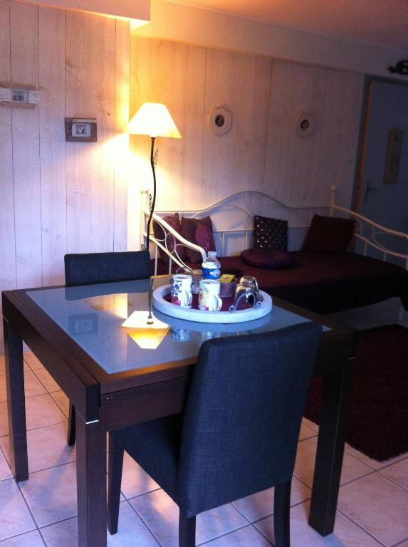 Chambre d 39 h tes les artistes camere b b strasbourg for Chambre d hote strasbourg