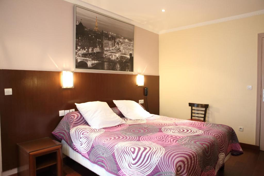 Hotel celtic paris book your hotel with viamichelin for Hotel booking paris