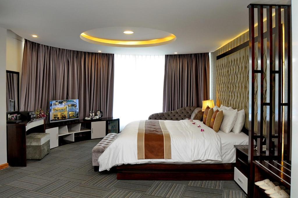 Suite có Giường cỡ King và Giường sofa