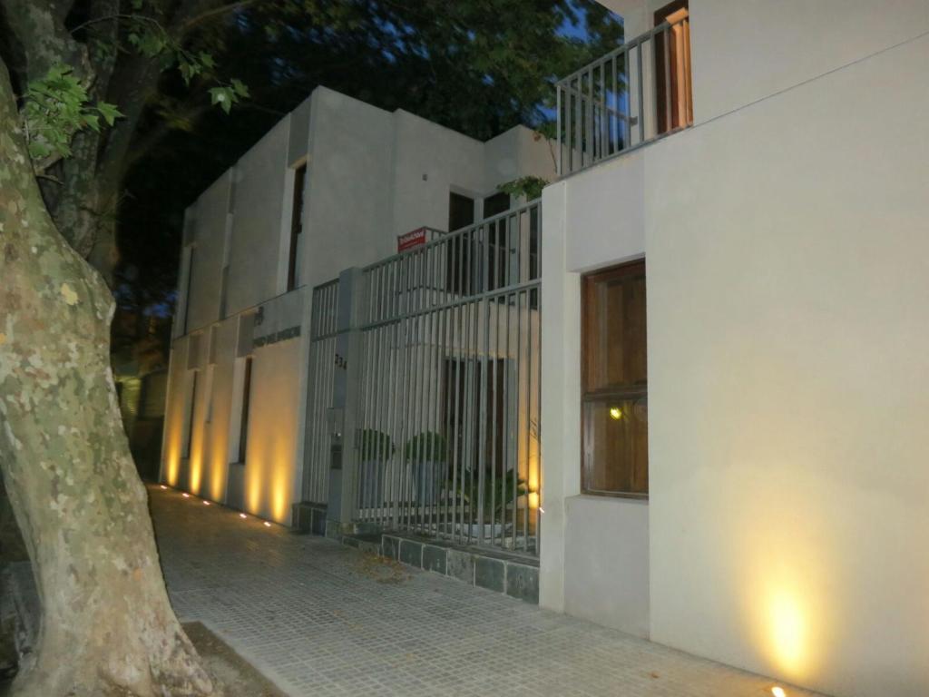 Departamento Patio del Bastion 107 (Uruguay Colonia del Sacramento ...