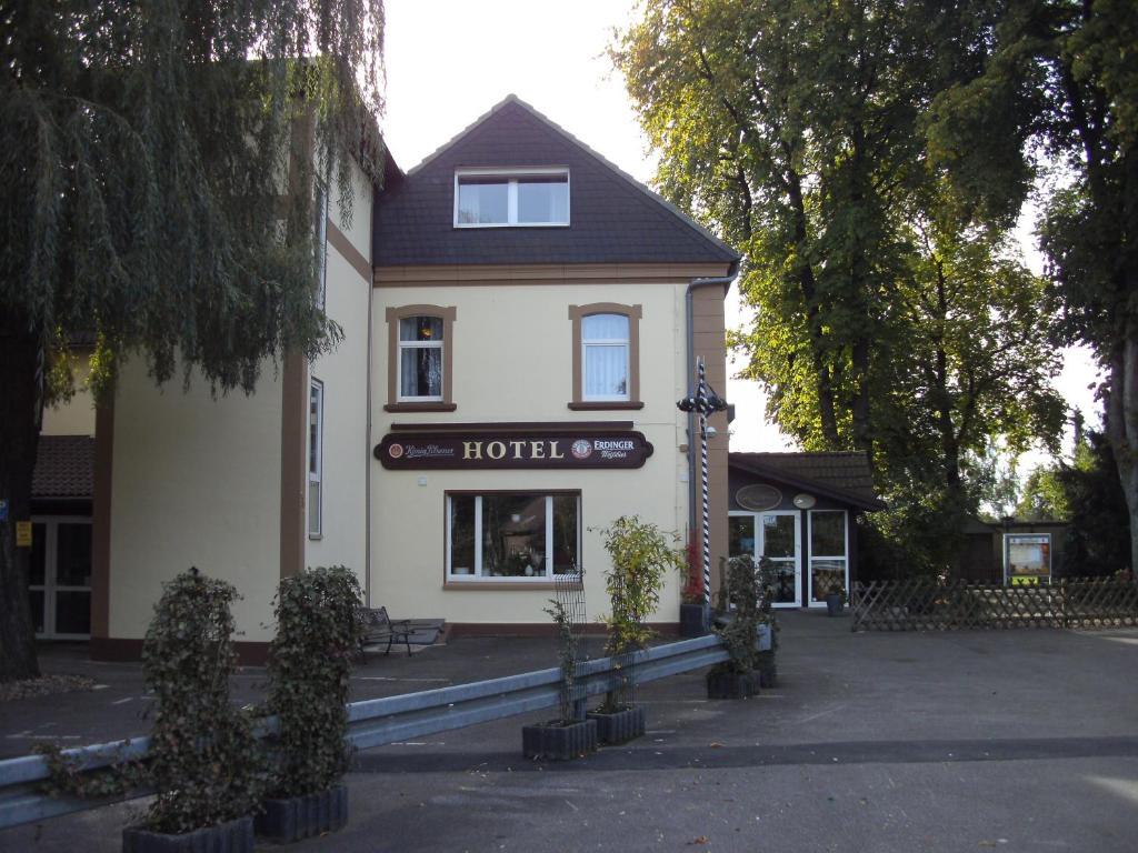 hotel zum grunewald dinslaken prenotazione on line viamichelin. Black Bedroom Furniture Sets. Home Design Ideas