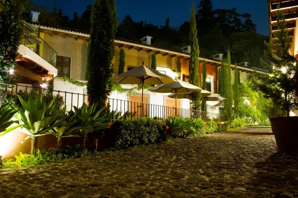 luxury villas antigua guatemala amatitlan viamichelin