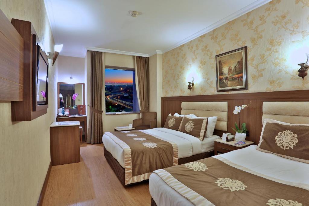 Grand Hilarium Hotel