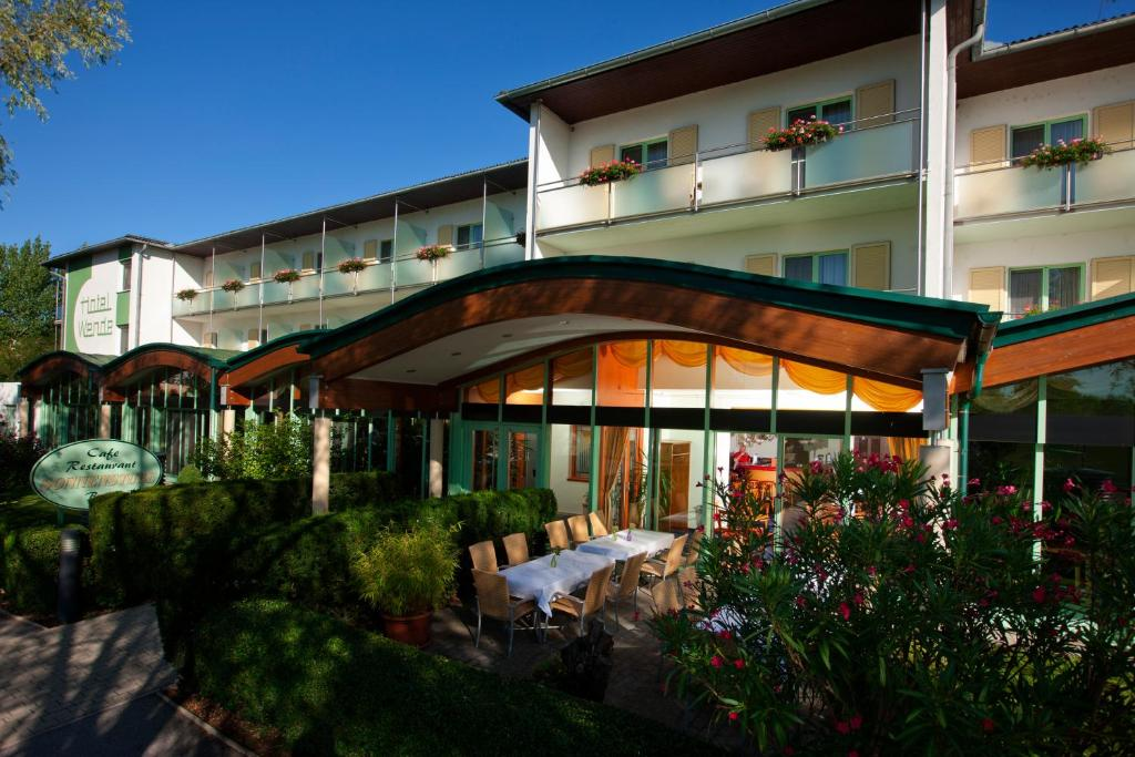 Neusiedl Am See Hotel