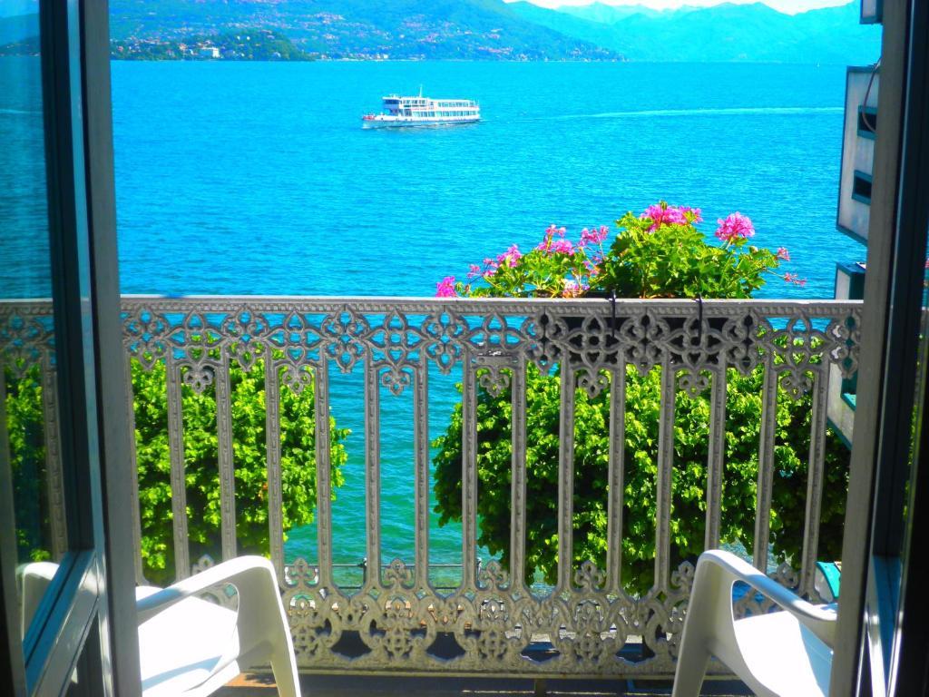 Albergo sempione stresa reserva tu hotel con viamichelin for Hotel saini meuble stresa