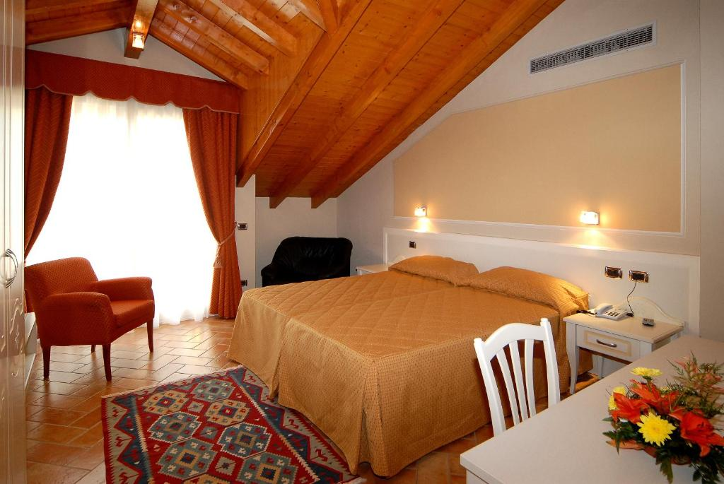 Hotel La Bussola San Giulio