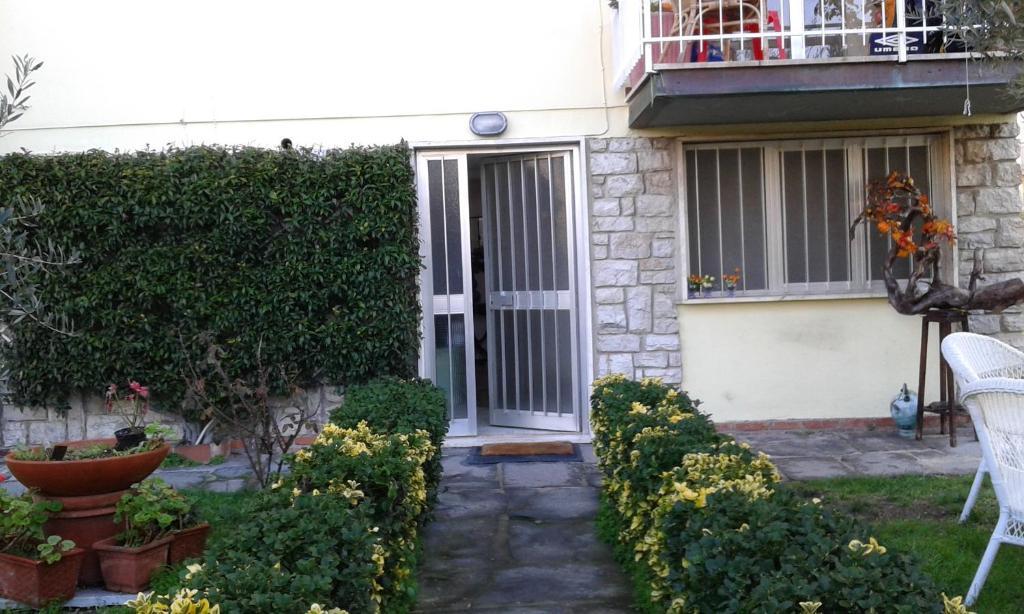 Appartamento a casa di ely italia lido di camaiore - Bagno eugenia lido di camaiore ...