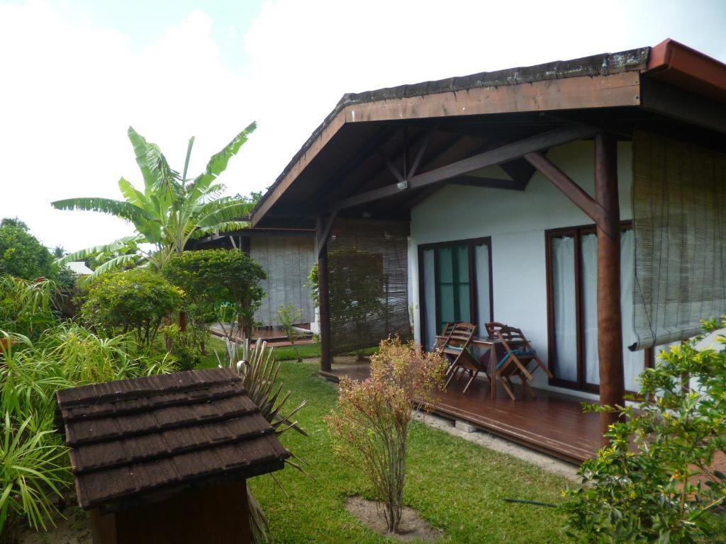 Pensión Fare Manureva (Polinesia Francesa Haapiti) - Booking.com