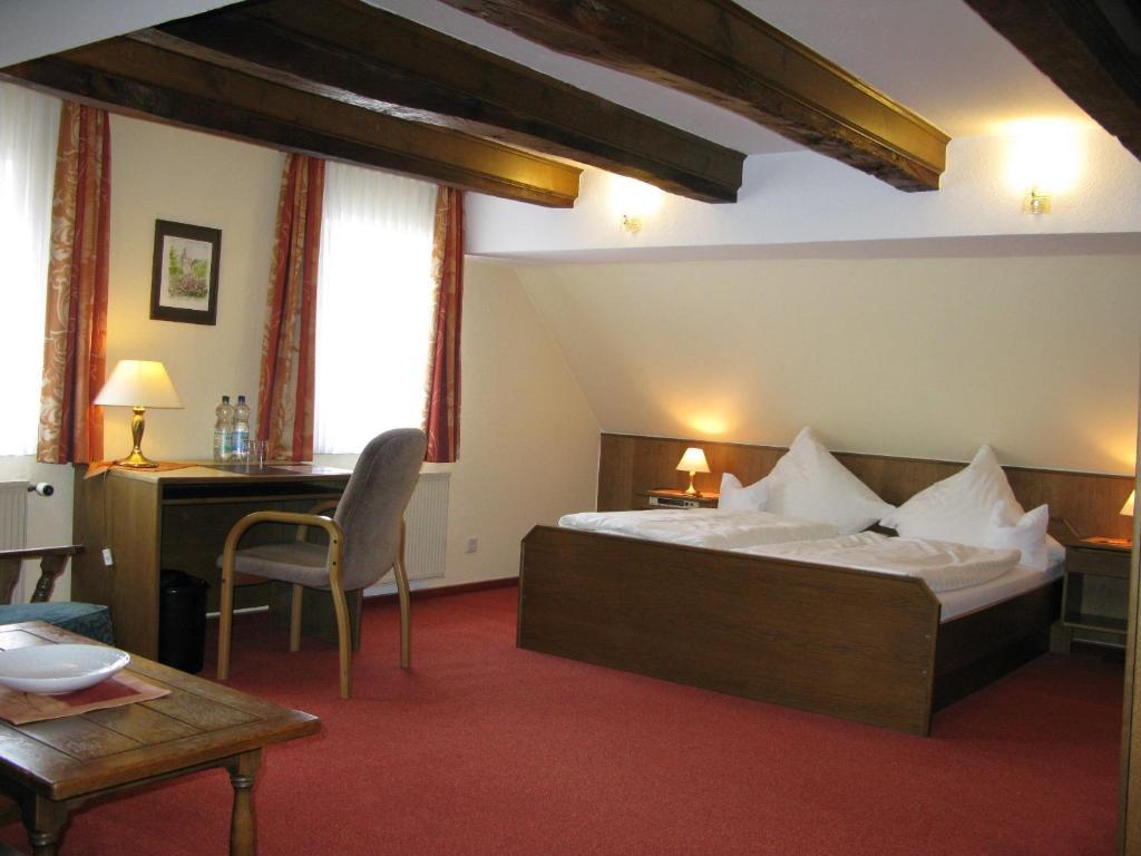 Baños Turcos Kingdom:Hotel-Pension Haus Erna – Bad Berleburg- reserva tu hotel con