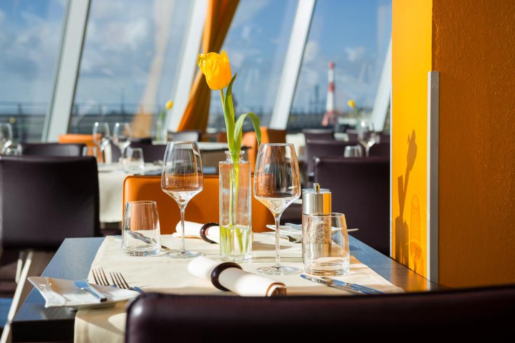 Atlantic Hotel Sail City Bremerhaven Book Your Hotel