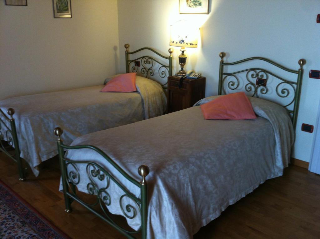 Chambres d 39 h tes villa bongiovanni chambres d 39 h tes san for Chambre d hotes bonifacio