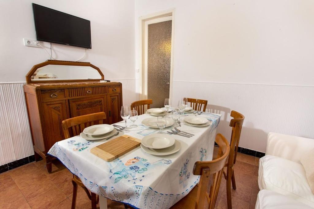 Apartamento en barcelona camp nou espa a barcelona - Apartamentos en barcelona booking ...