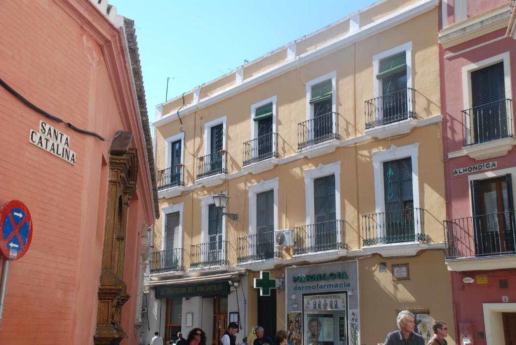 Apartamento en el centro seville book your hotel with - Apartamentos en lisboa centro booking ...