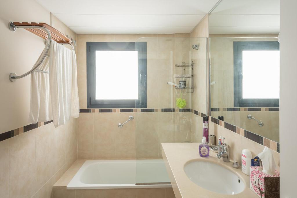 Can Nisso Aigua Blava reserva tu hotel con ViaMichelin : 64129243 from www.viamichelin.es size 1024 x 683 jpeg 54kB