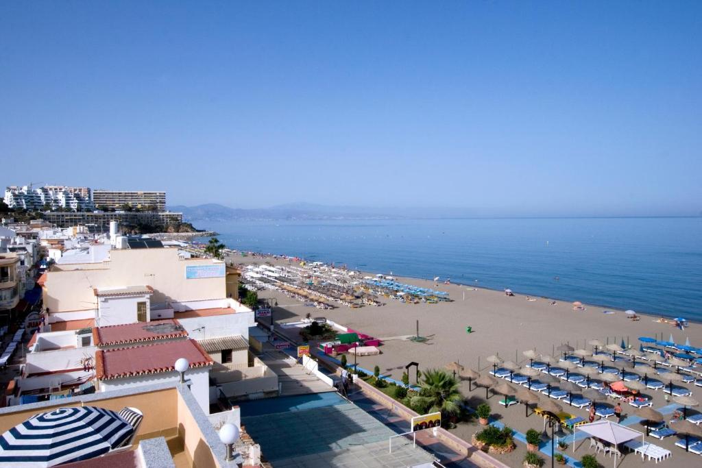 Best deals for carihuela beach apartamentos torremolinos spain - Apartamentos baratos torremolinos ...