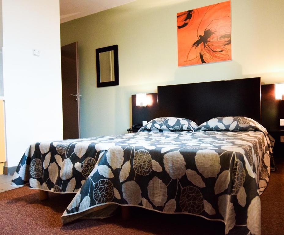 residhotel lyon lamartine tassin la demi lune. Black Bedroom Furniture Sets. Home Design Ideas