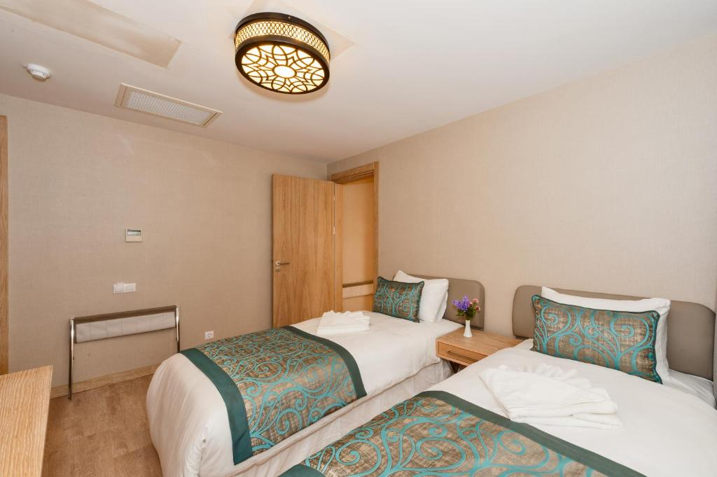 Aybar hotel istanbul online booking viamichelin for Aybar hotel