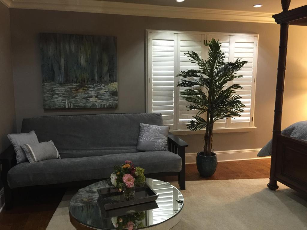 louisiana cajun mansion - 500×375