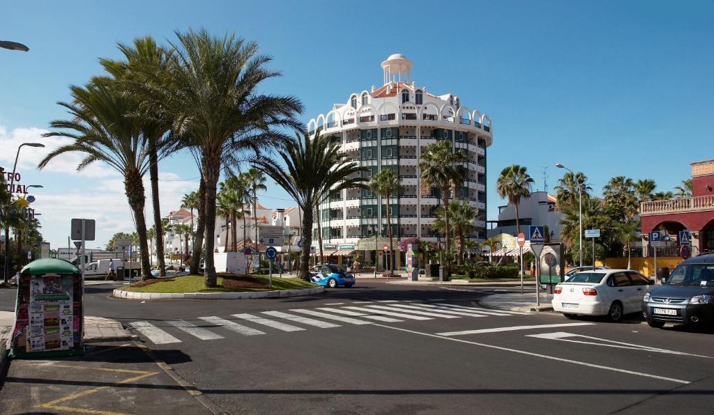 Dall Aeroporto Di Tenerife Sud A Playa De Las Americas Tenerife