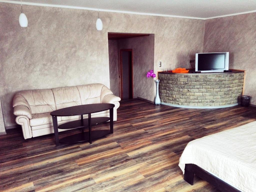Urusel guesthouse tallinn prenotazione on line for Sauna del cortile chiavi