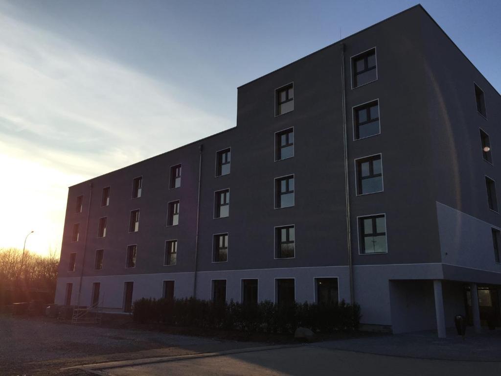 Hotel anna hilden solingen online booking viamichelin for Hilden hotel