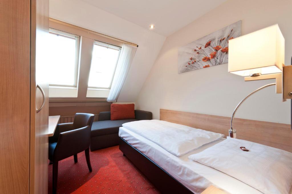 Garni Hotel Schumacher Filderstadt